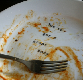 Captioned dinner plate